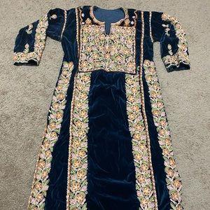 Dresses & Skirts - Palestinian dress thobe henna velvet machine made